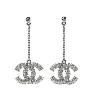 Chanel baguette crystal cc drop earrings